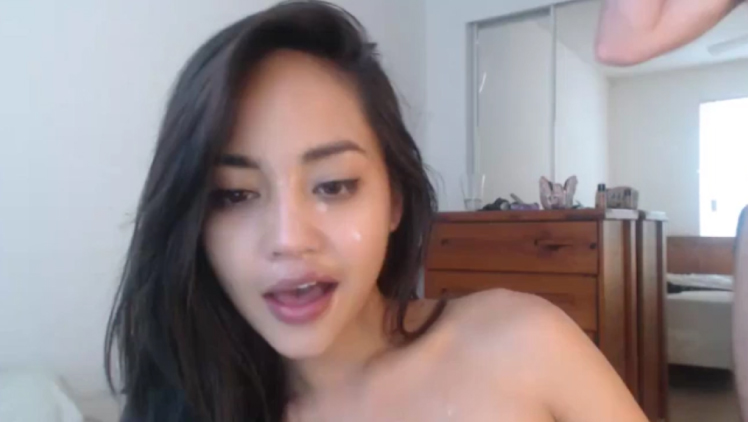 Asian Girl Gives Great Blowjob