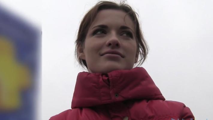 Public Agent – Cute Brunette Screw In Car HD