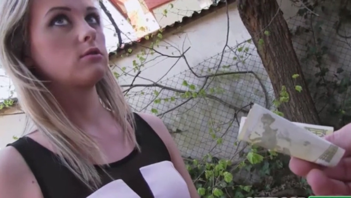 Stranger Fuck Czech Hottie On Street