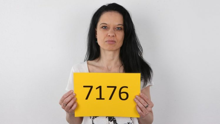 CzechCasting – Cougar Woman Marta 7176 HD