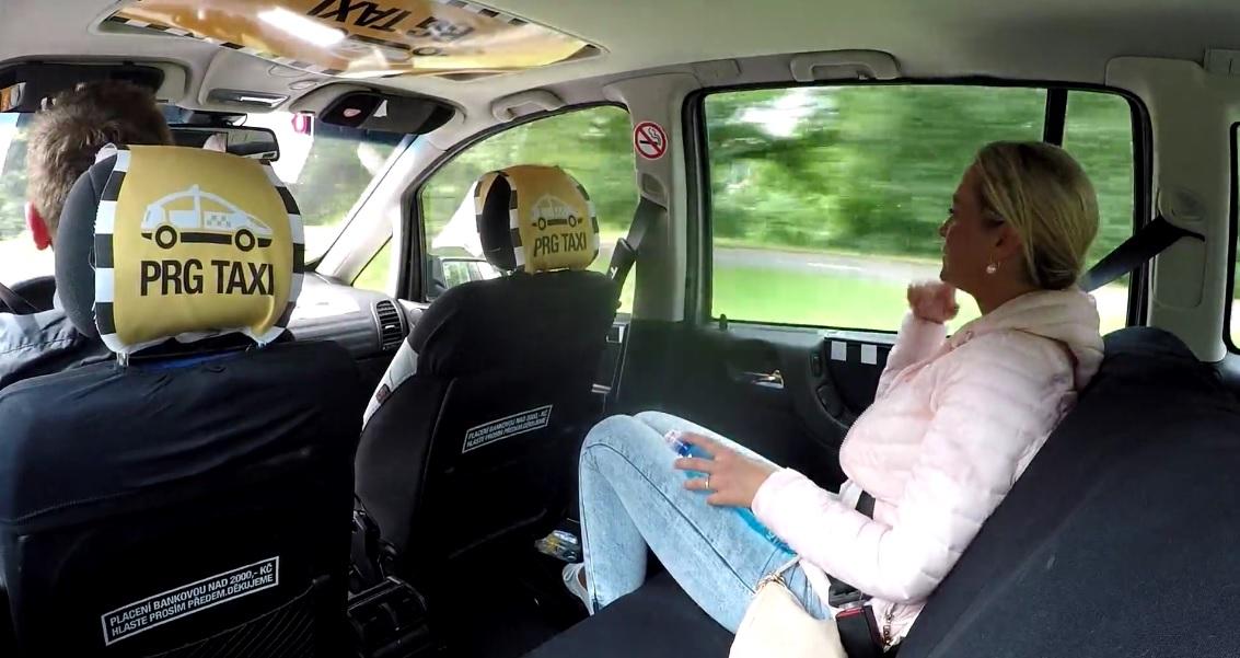 poddelnoe-porno-taksi-video