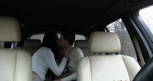 Hot Girls Have Sex In Car ...