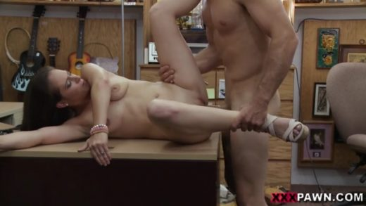 xxx-pawn-hot-bitch-wants-fuck-for-money