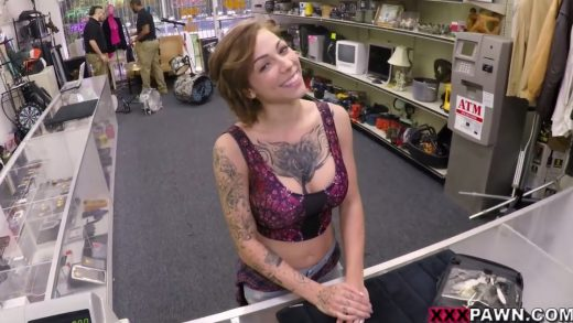 Horny Tattooed Chick Wants To Have Sex In Public Store