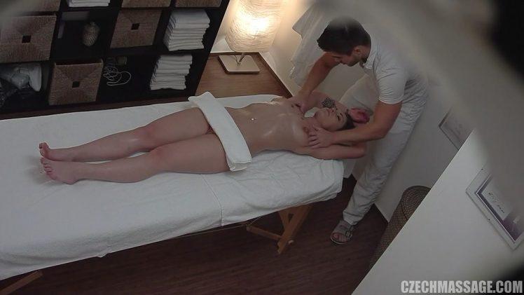 CzechMassage E299 – Sexy Shorthaired Slut
