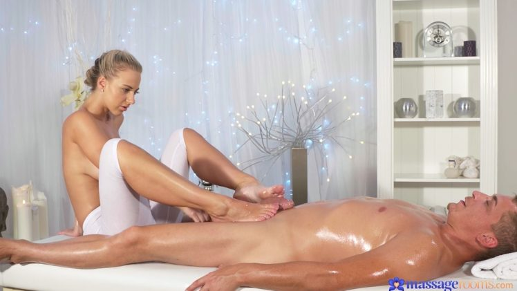 MassageRooms – Nathaly Cherie Fucks Her Client