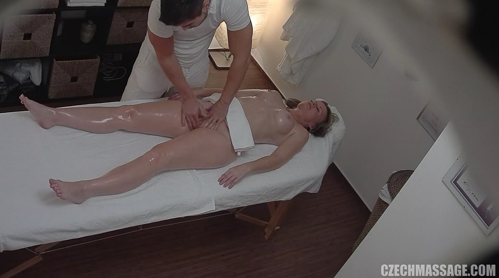 Czech milf massage