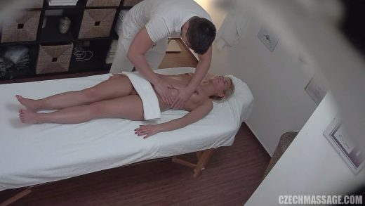 Sexy Chick have sex on massage table.