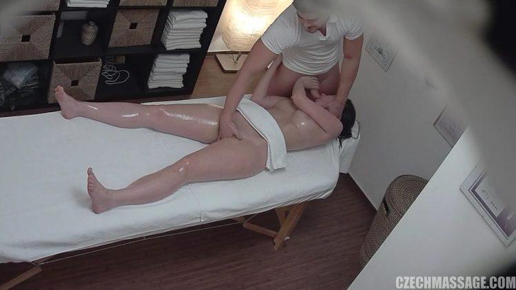 Czech Massage 313