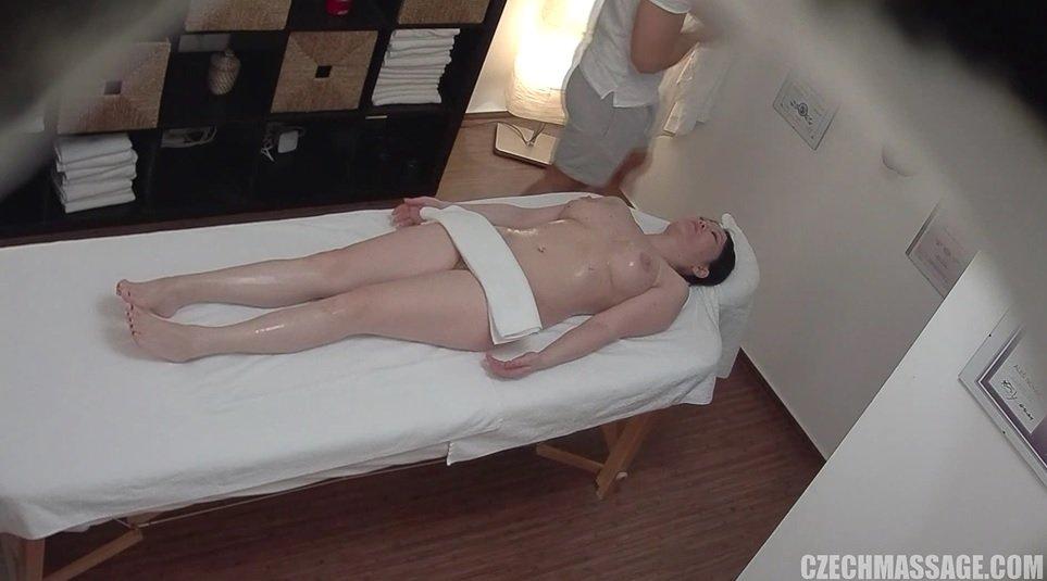 Asian getting massage hidden cameras-8654