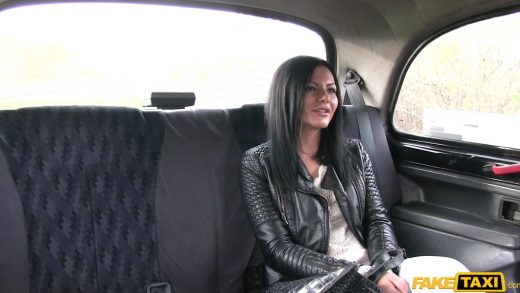 Hungarian Hottie Screw With Taxi Driver.