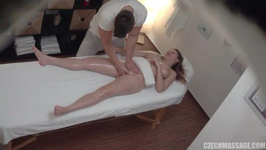 Horny Slut Wants Hard Banging On Massage Desk.