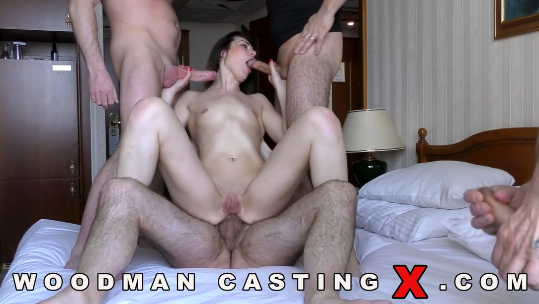 woman fucking multiple guys