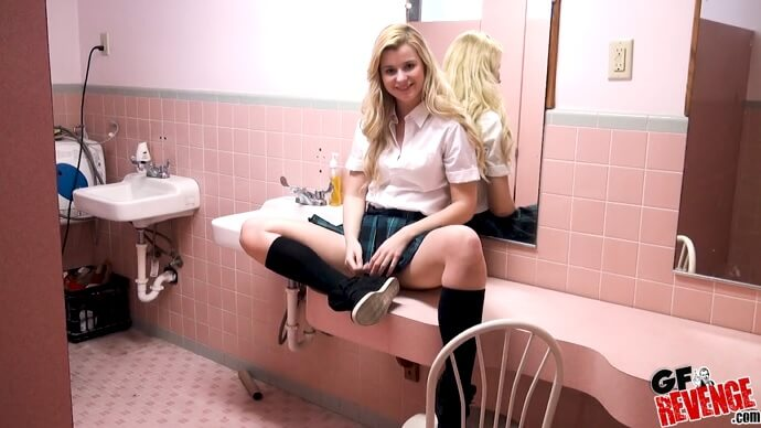 Public Toilet Fuck With My Girlfriend.
